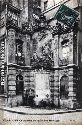 cartes-postales-Fontaine-de-la-Grosse-Horloge-ROUEN-