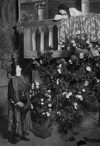Julia Marlowe & EH Sothern in Romeo & Juliet-The Bacony Scene-Photo-B&W_resized